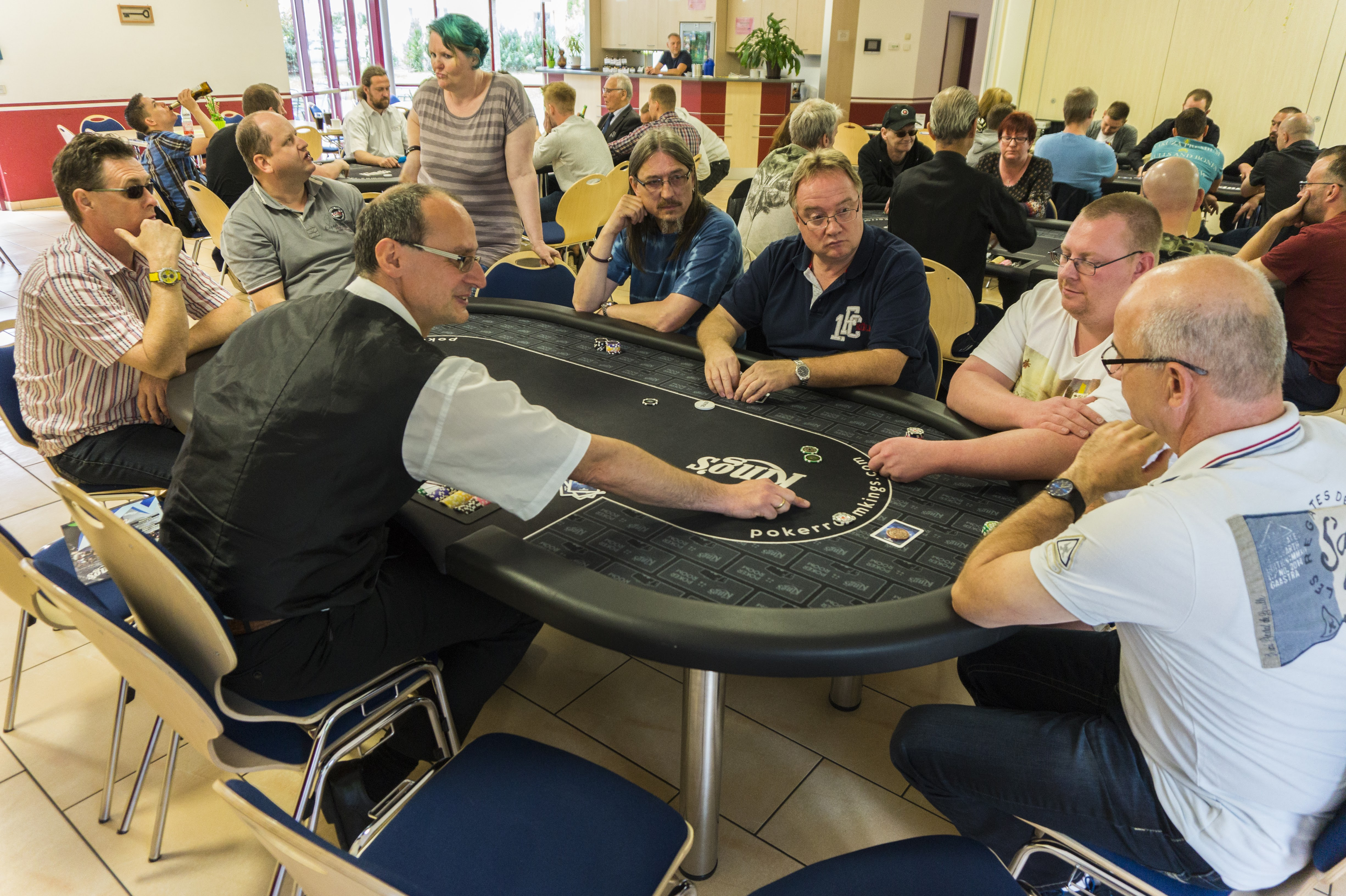 Thomas hochmuth poker diablo 3 level 1 gambling